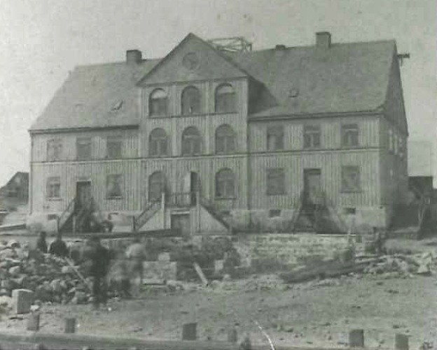 Największy budynek jaki był w Islandii - Glasgow. Zdjęcie wykonano w 1885 roku