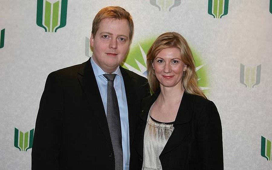 Anna Sigurlaug Pálsdóttir z Sigmundurem Davíðem Gunnlaugsson - premierem Islandii