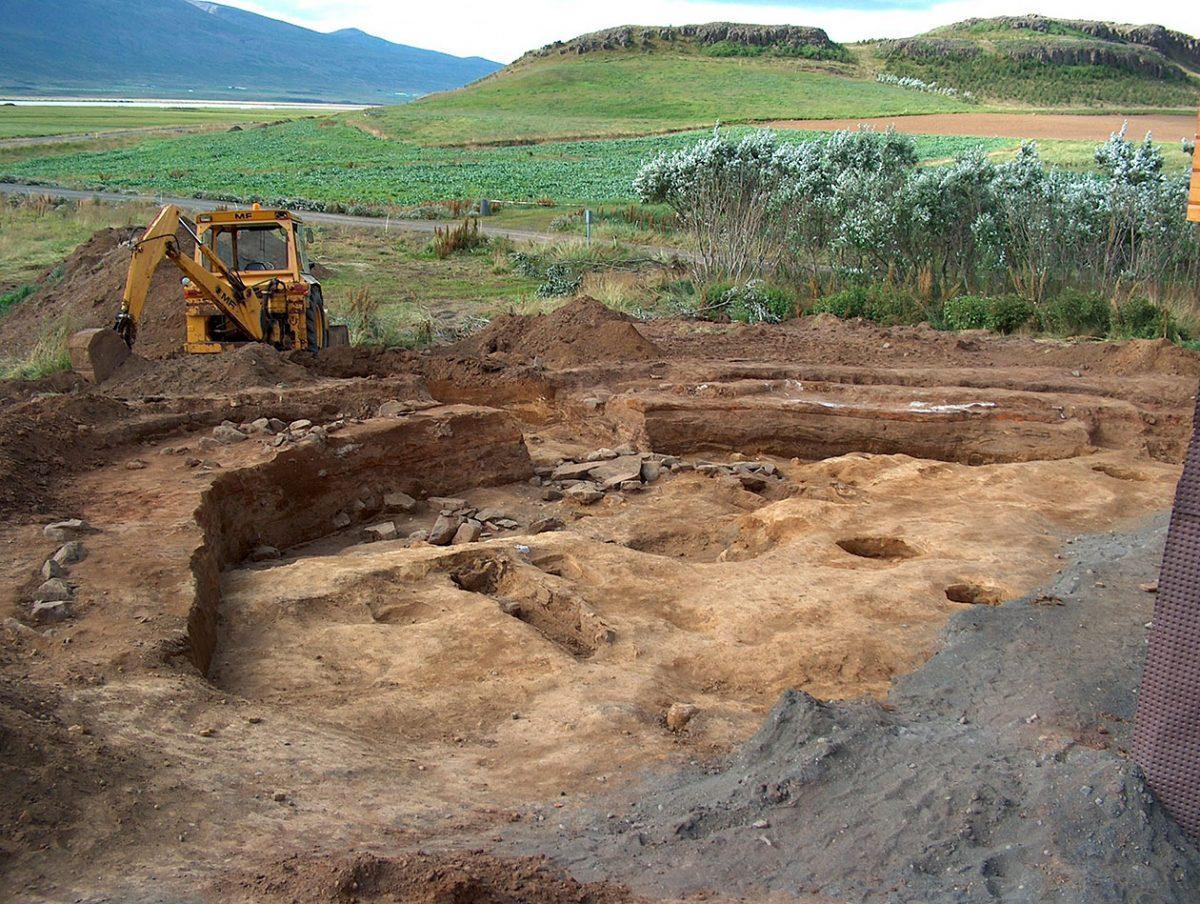 Znaleziony przez archeologów cmentarz. fot. Guðný Zoega