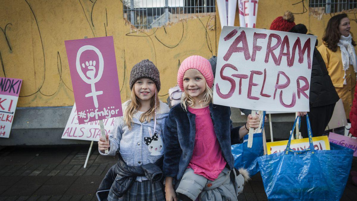 Austurvöllur woman rights protest